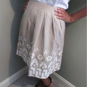 Pleated Embroidered A-line Linen Skirt